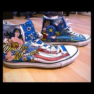 Limited Edition Wonderwoman hightop Converse